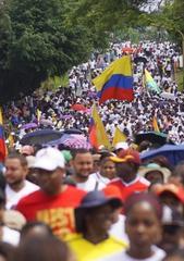 Coloquio [In]estabilidad política y crecimiento económico: el caso de América Latina en el siglo XX