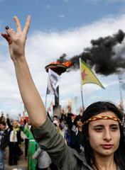 Charla Mujer, vida y libertad   Génesis y evolución del Movimiento de Mujeres del Kurdistán